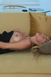 Model Lisa Dawn in Leisure Time
